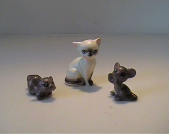 Vintage Josef Originals miniature Siamese kitty cat and two brown mouse