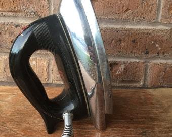 1960's Sunbeam Ironmaster Iron