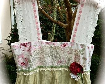 Boho Sweet Kawaii  Roses  Dress Fluffy Ruffly Twirly Swirly Adorable Vintage Style Size Medium