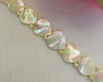 Bracelet - Hearts - Mother of Pearl - Valentine Gift - Vintage
