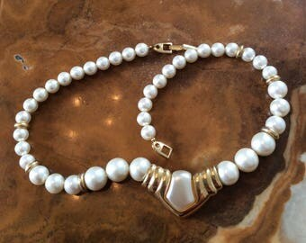 Napier Pearl White Necklace, Modernist 1960s Vintage Jewelry SPRING SALE