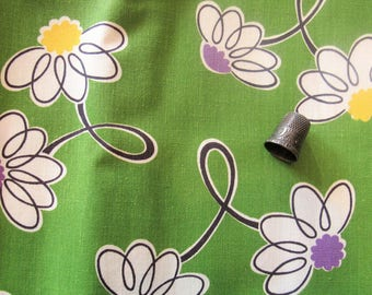 fun green floral print vintage cotton fabric -- 44 wide by the yard