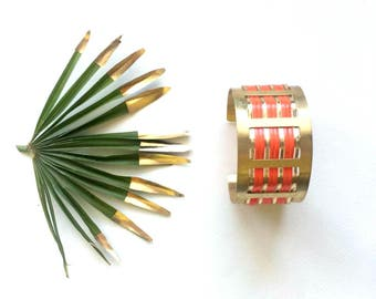"Graphic and colorful Cuff Bracelet Golden and Red flame geometric pattern ""63"""
