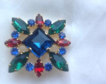 Vintage multicolor rhinestone brooch