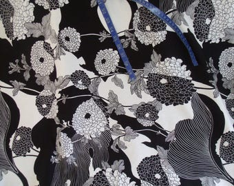 """Fabric-Modern-Yoko-The Alexander Henry Fabric Collection-7/8 yard X 42""""- 30 1/2"""" length by 42"""" wide-Black White-Bold Print-pre-washed-2006"""