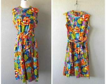psychedelic flower dress | vintage 60s shift day dress size m/medium hippie boho midi 1960s blouse tops colorful hippy shirt dress hipster