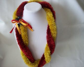 Maroon and Dark Gold Double Strand Eyelash Lei.  Free 50 States Shipping.