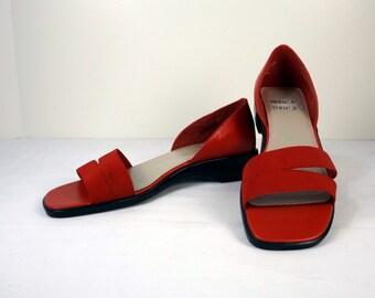 MOOTSIES TOOTSIES Red Sandals Size 7-1/2M 7.5M