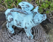 Cast Iron Miniature Flying Pig - Cast Iron Decor, Flying Pig Garden Statue,  Garden Ornaments, When Pigs Fly, Flying Pig Decor, Pig Lover