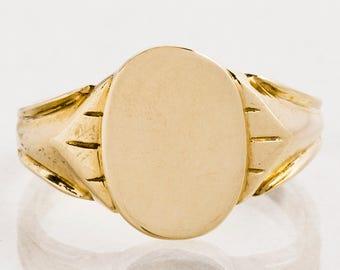 Antique Ring - Antique 1930's Yellow Gold Ladies Signet Ring