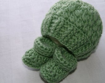 Baby Beanie and Booties, Size 3 to 6 Month, Infant Gift Set, Hand Crochet Baby Item, Mother-to-be Gift, Sage Green, Matching Hat and Booties
