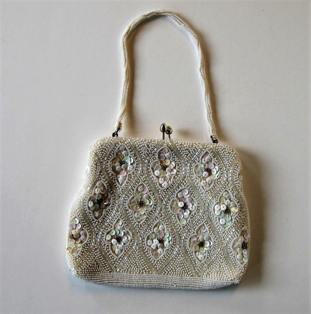 665a1c265d9f Vintage Beaded White Evening bag