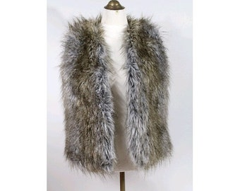 Vtg Fake fur  Vest / sleeveless faux fur made in Italy small