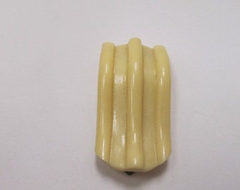 On Sale Vintage Molded Plastic Dress Clip Item K # 1757