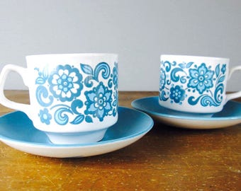 vintage tea cups and saucers pair, cocoa mugs, 1960s kitchen, meakin