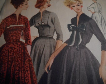 Vintage 1950's McCall's 5132 Pauline Trigere Dress Sewing Pattern, Size 14 Bust 34
