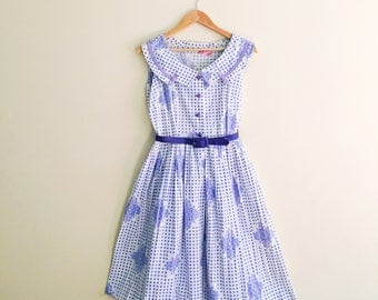 Vintage Polkadot Print Day Dress  / Peter Pan Collar Dress /  Lavender & White Full Skirted Dress / 1950s