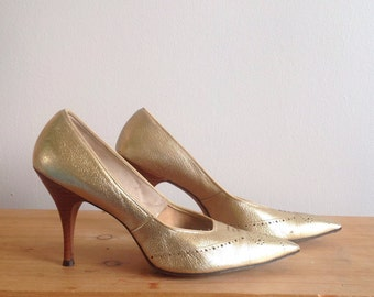 1950s-60s Hofheimer's Gay Craft Gold, Western Style, Stacked Wood Heel Pumps