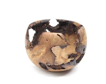 Hand Turned Wooden Bowl: Oak Wood Bowl