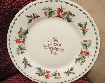 Cup of Christmas Dinner plate  NO box like New  Waldman House Christmas dinner plate cookie tray China Galore