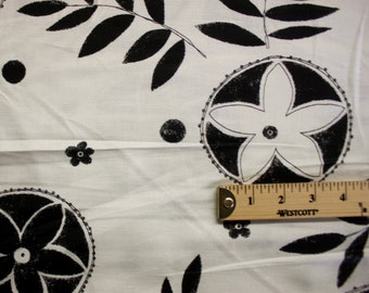 Black And White Nature Print Pattern Linen Fabric Per Yard