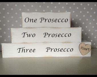 Prosecco wooden blocks shabby chic