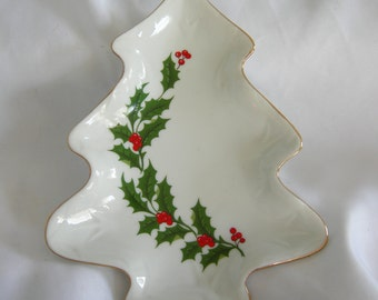 Holly and Berry Tree Shaped Candy Trinket Dish   Made in Japan   Vintage