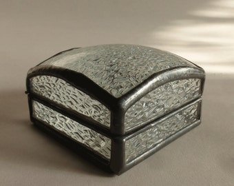 Glass jewelry box - ring box - abstract clear glass pattern