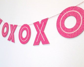 Wedding Banner XOXO Banner Wedding Bunting Wedding Decoration Bridal Shower Banner Photo Shoot Prop Photo Background Glitter Letter Banner