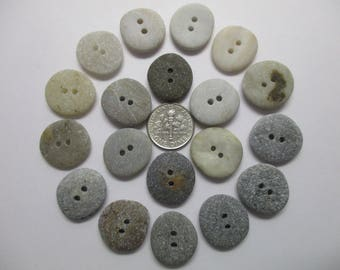 BEACH SEA STONE 19mm Buttons Grey White Khaki 19 Double Drilled Natural Stones Real Surf Tumbled Knitting Sewing Button Rock Beads Peb 1256a