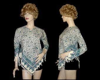 Blue & green paisley fringed top ~ XS Small ~ white cotton hand tied fringe 3/4 split angel sleeves ~ hippie Woodstock festival blouse tunic