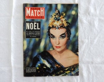 Paris Match magazine No. 453 featuring the work of Michael Angelo and the Sistine in 1958 mid century french vintage