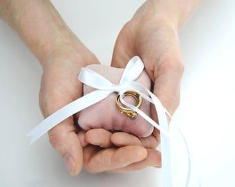 small velvet ring pillow // blush ring pillow // velvet ring bearer pillow // blush velvet ring pillow // blush wedding
