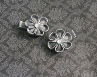 Grey and White Kanzashi Flower Alligator Clip