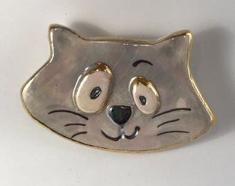 Drunken Cat Pin supports the Humane Society.