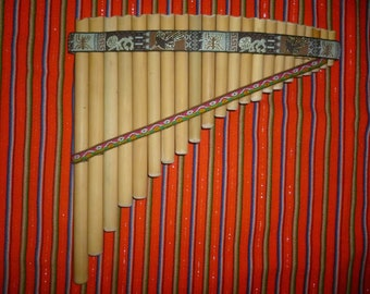 Pan Flute Perutreasure  22 Pipes - From Peru - Item in USA - Case Included
