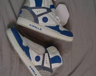 Flippin' Cool Vintage 90's AIRWALK Prototype 600 Hightop Skate Shoes / Size 5.5