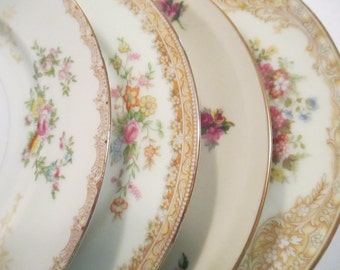 Vintage Mismatched China Salad Plates, Christmas, Tea Party, Wedding Plates, Bridal Gift, Shower, Luncheon - Set of 4
