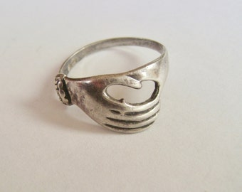 vintage sterling hand ring, size 7