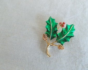 Vintage Gerrys Holly And Berries Brooch //3