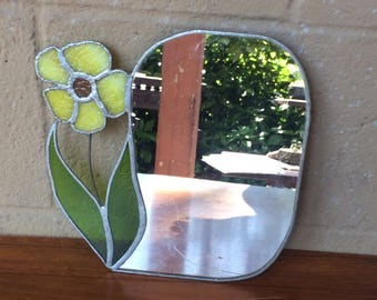"Vtg Stained Glass Flower Mirror, 9"""