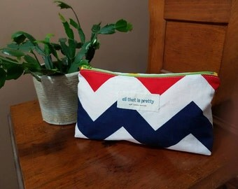 Medium sized fully lined Makeup or Cosmetic Bag 100% cotton - Chevron print