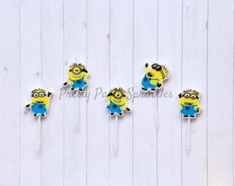 Minion Candles, Minions Cupcake Toppers, Minion Baby Shower, Minion First Birthday Decor, Despicable Me Party Decor, Bob Kevin Stuart Candle
