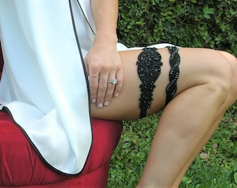 Black Lace Garter Set, Black Bridal Garter, Black Wedding Garter, Black Beaded Belt, Black Crystal Garter, Black Lace Crystal Garter,