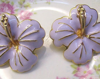 Summer Sale...Vintage Lavender Enamel Orchid Post Earrings...Vintage Flower Jewelry....Mauve Orchid Jewelry