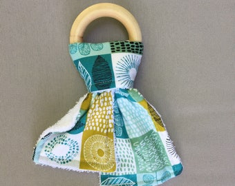 Eco-Friendly Organic Wooden Teething Ring - Organic Blue and Green Patchwork