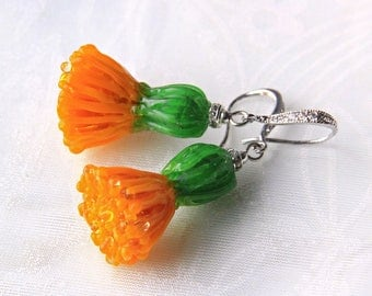 Glass lampwork dandelion earrings. Medium size version.