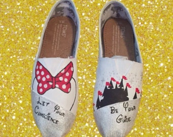 White Minnie Mouse Disney Custom Toms Shoes MAGIC KINGDOM toms [disney toms]