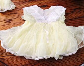 Gorgeous nylon girls ruffle dress with petticoat!  Size 2