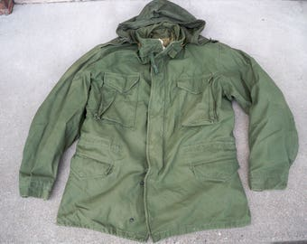 Vintage 1975 Vietnam War U.S. Army Hooded Field Coat Jacket Size Large Long 70's Made in USA